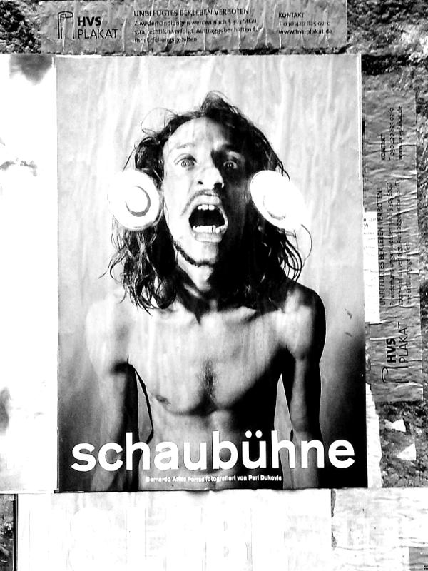 Hauptsache schrill: Werbung in Berlin © Tom Ruebenach