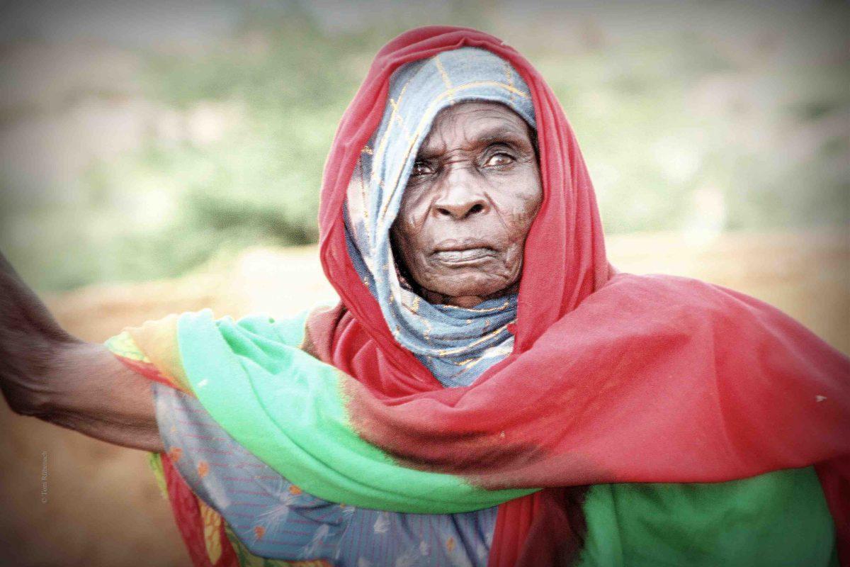 Frauen sind nicht die Armutsursache in Afrika © Tom Rübenach